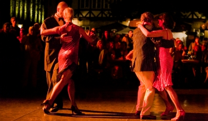Couples dancing on a tango holiday in Argentina