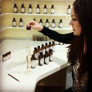 perfume making ja