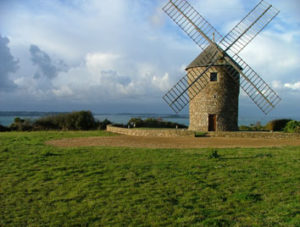 Mussel_harvesting_cookery_holiday_windmill