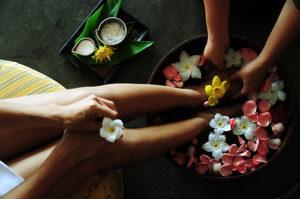 Detox_and_yoga_retreat_Thailand_-_spa_foot_treatment