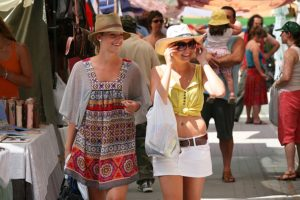 Spanish courses in Ibiza - market