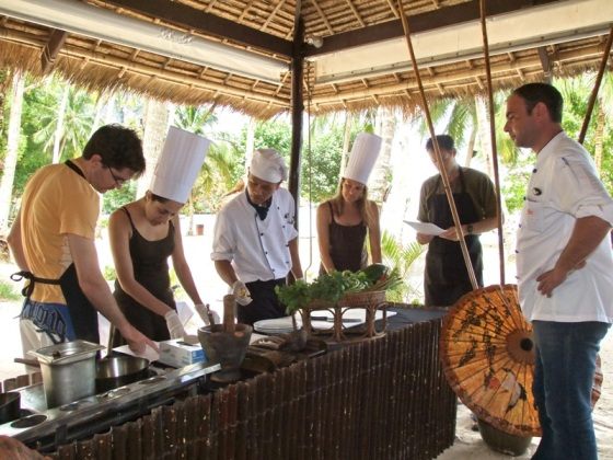 Cooking_and_yoga_holiday_Phuket_cooking