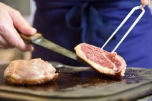 French_cooking_wine_holiday_cooking_meat