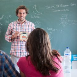 Jorge teaching Spanish on surfing holidays in Fuerteventura