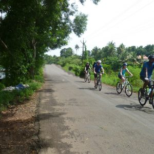cycle along river track2