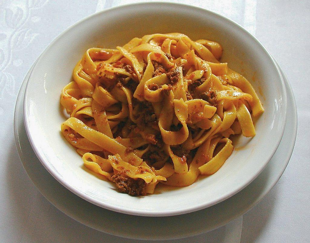 bowl of tagliatelle al ragu pasta