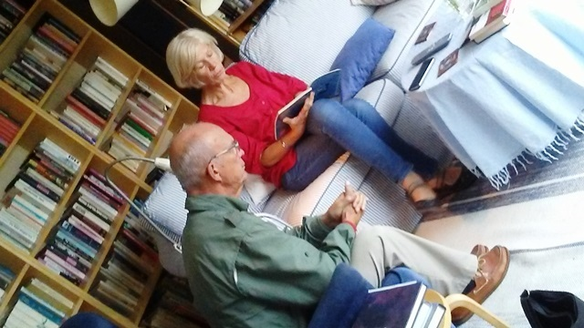 Home language immersion lesson in progress in Sweden