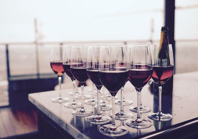 alcoholic-beverage-bar-bottle