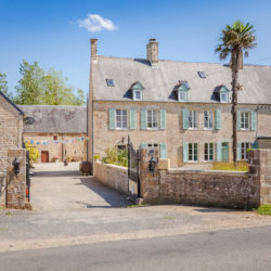 old farm setting of French cookery course