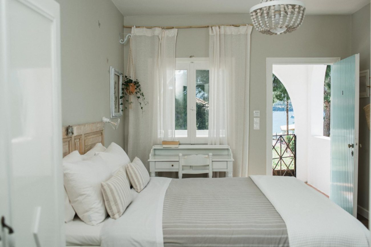 double bedroom accommodation on Greek cookery holiday