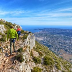 guided coastal walk during fitness holiday