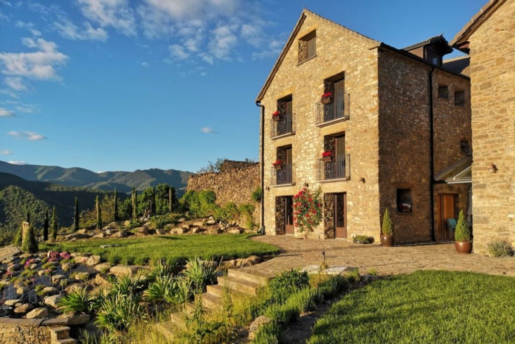 house in the spanish pyrenees