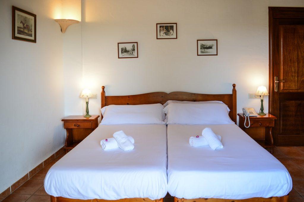twin bedroom accommodation