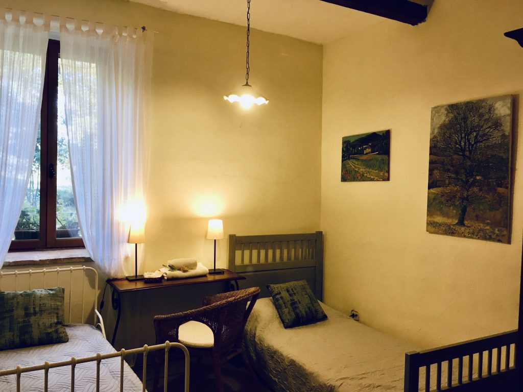 twin rooms in italian accommodation