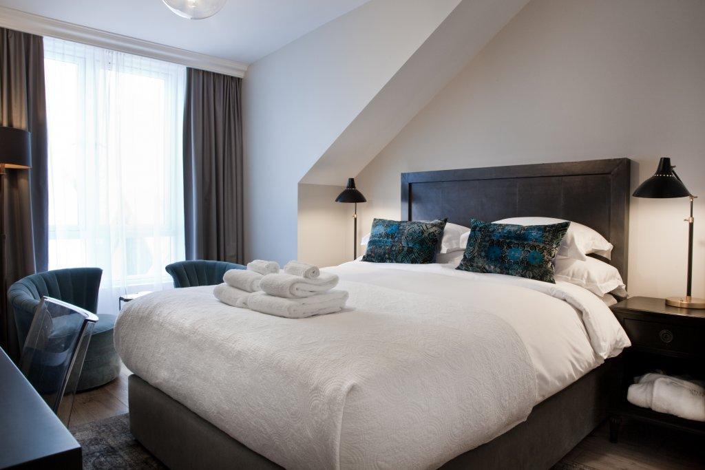 hotel bed in reykjavik