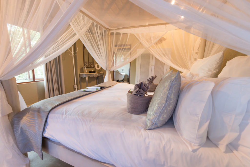bedroom in lodge in south africa