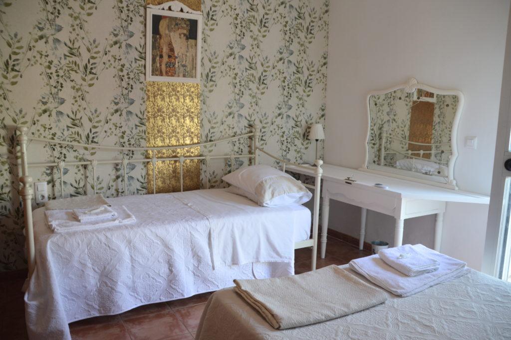 bedroom in cordoba spain