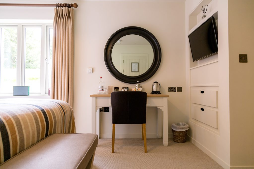 hotel bedroom in cornwall