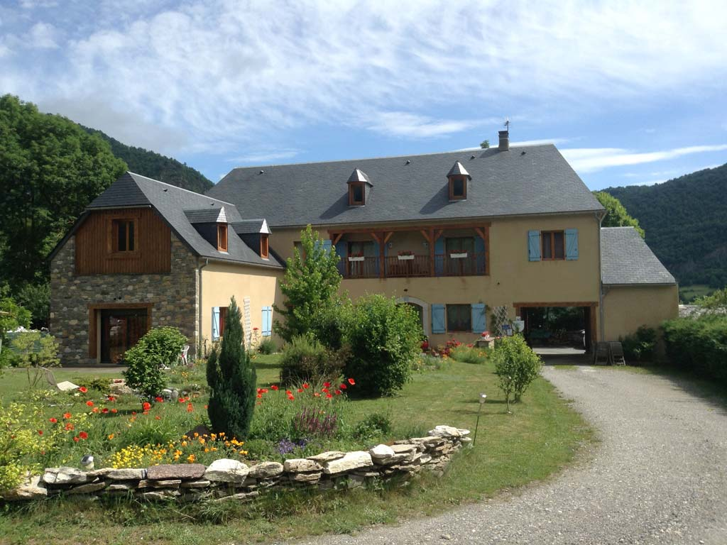 b&b exterior in the french pyrenees