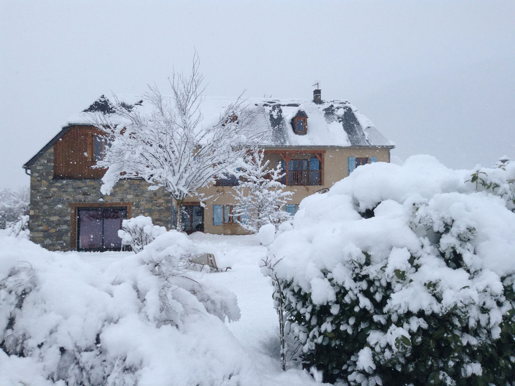 bed and breakfast in the snow