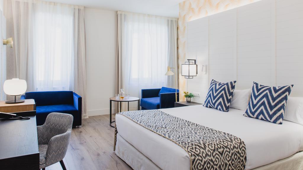 hotel room in malaga
