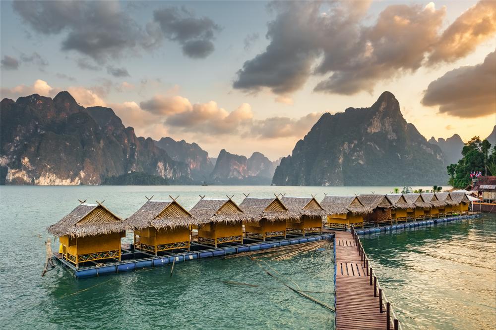 Khao Sok floating rafthouse accommodation