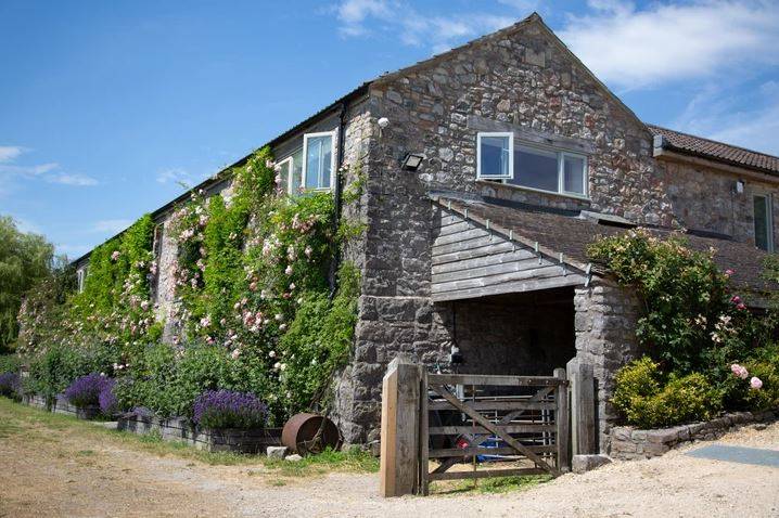 farmyard cottage in somerset