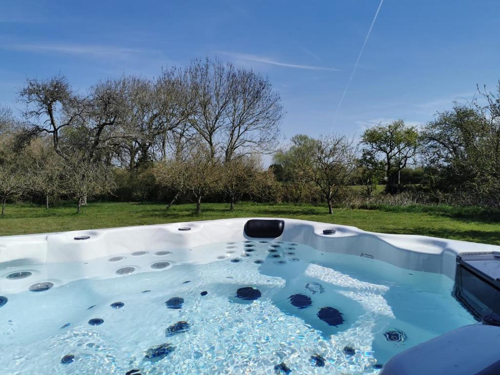 hot tub by luxury lodge in somerset